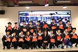 567GO学子顺利毕业 颁发证书
