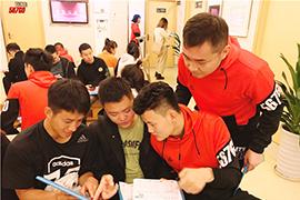 广州健身教练培训机构师资团队哪家强